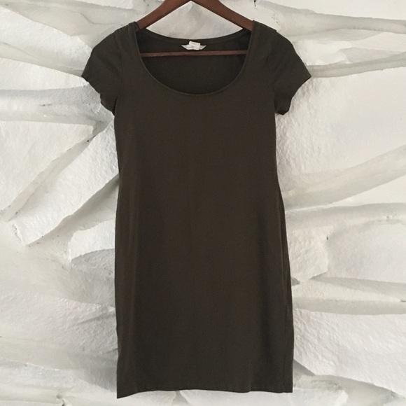 e188dc26ad708 H M Dresses   Skirts - H M OLIVE GREEN T SHIRT DRESS ...